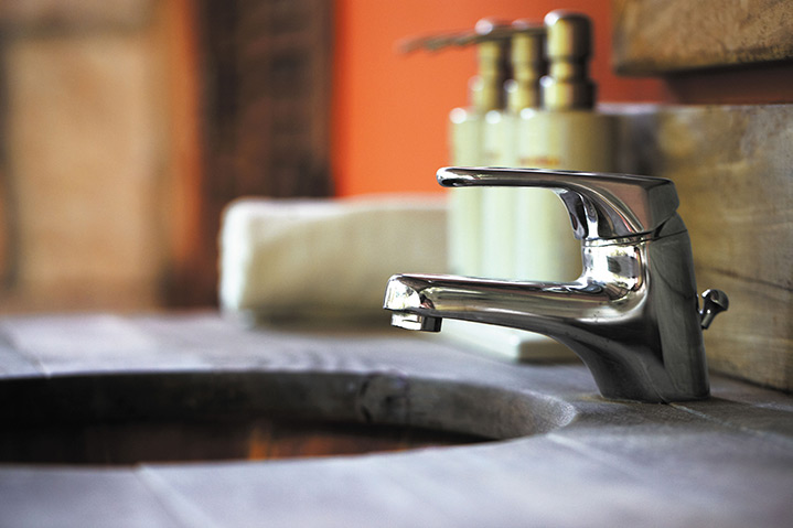 A2B Plumbers are able to fix any leaking taps you may have in Leamington Spa.